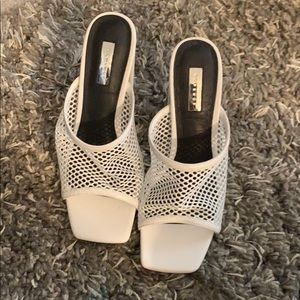 NWOT Top Shop White FishNet Heels